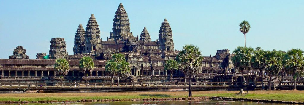 140425_01_ANGKOR-WAT-e1486556219308 Camboya
