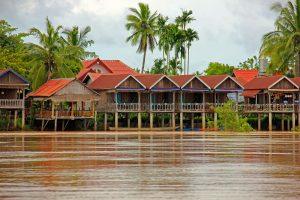 Alojamiento-mekong-Laos-300x200